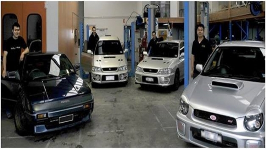 Save Time and Money with Car Service in Blackburn