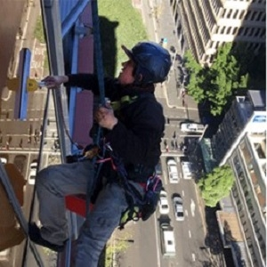 Window Cleaning Service in Sydney   Prorax