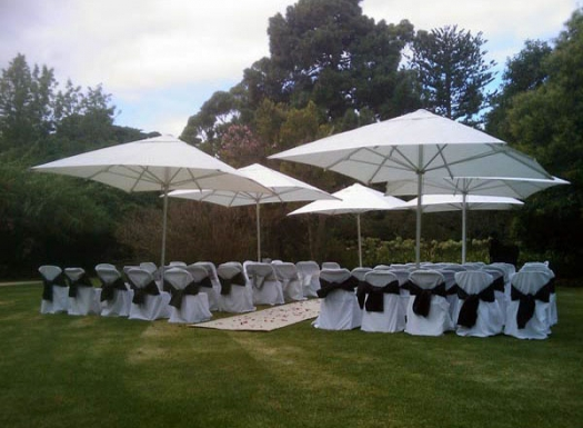 Weatherproofing Your Wedding With Portable and Dur