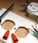 Commercial & Domestic Electrician Contractor