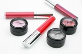 Buy Our Lip Gloss Online and Get Glossy Lips